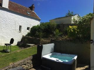 CROYDE YELLOW COTTAGE | 3 Bedrooms - Croyde vacation rentals