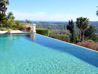 Luxurious Villa Seburga with Heated Infinity Pool - Saint-Paul-de-Vence vacation rentals