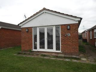 Beautiful Bungalow with DVD Player and Central Heating - Leysdown-on-Sea vacation rentals