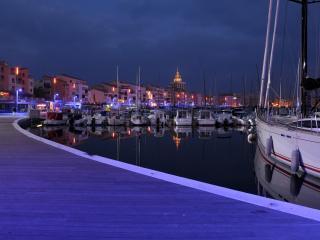 Studio Résidence du port Cap d'Agde 2pers - Cap-d'Agde vacation rentals