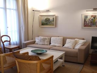 Rossini - a comfortable one bedroom apartment - Nice vacation rentals