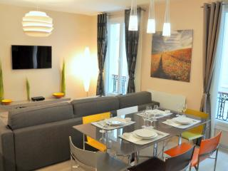 Café Gourmand, 2BR/1BA, 4 people - Paris vacation rentals