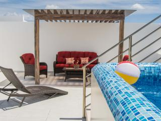 Exclusive PH For 6, Private Terrace & Pool - Playa del Carmen vacation rentals