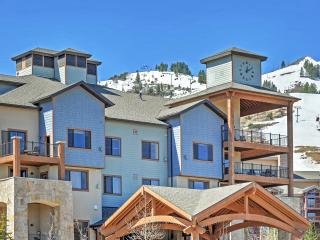 New Listing! Cozy & Tasteful 1BR Park City Condo w/Wifi & Access to Fitness Center, Outdoor Pool, Sauna & More! Outstanding Location - Walk to World-Class Skiing, Hiking, Shopping & Dining! - Park City vacation rentals