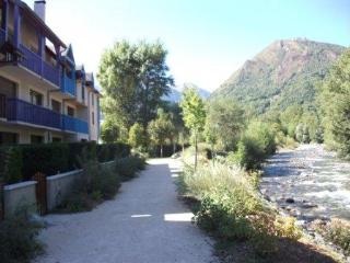 Bright Saint-Lary-Soulan Studio rental with Tennis Court - Saint-Lary-Soulan vacation rentals