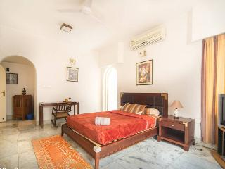 Luxurious and Trendy City Center place (MG Road) - Bangalore vacation rentals