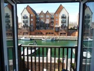 Madeira Quay: 3-bed/2-bath home with water views - Eastbourne vacation rentals