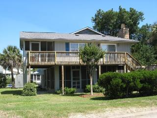 1519 Chatham Avenue - Bring your kayaks and your fishin` gear! - FREE Wi-Fi - Tybee Island vacation rentals