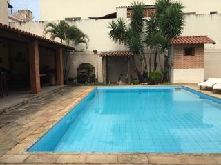 Nice House with Internet Access and A/C - Guarapari vacation rentals