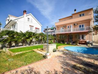 TH01411 Apartments Vesna / Three Bedrooms A4 - Tribunj vacation rentals
