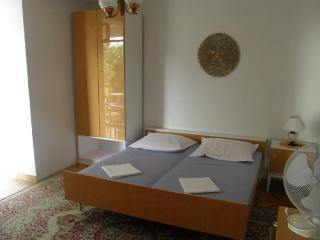 TH03510 Apartments Vela / 16 / One Bedroom - Podgora vacation rentals