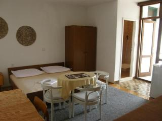TH03510 Apartments Vela / 26 / One Bedroom - Podgora vacation rentals