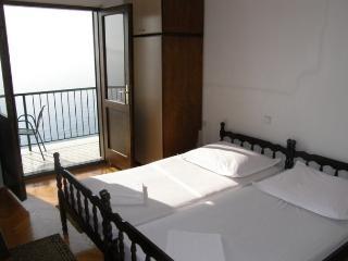 TH03510 Apartments Vela / 23 / Double Room - Podgora vacation rentals