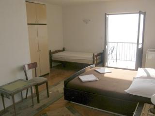 TH03510 Apartments Vela / 24 / Triple Room - Podgora vacation rentals