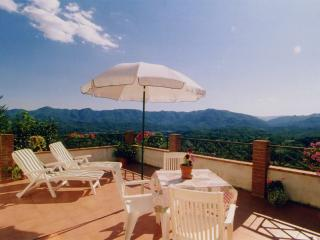 Romantic room & panoramic terrace, close to 5Terre - Aulla vacation rentals