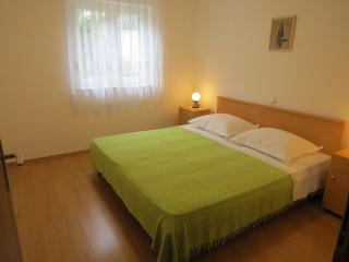 TH01968 Apartments Buljan / Two bedroom A2 - Mastrinka vacation rentals