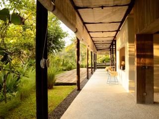 Villa in Ubud, Bali for yoga & art - Sayan vacation rentals