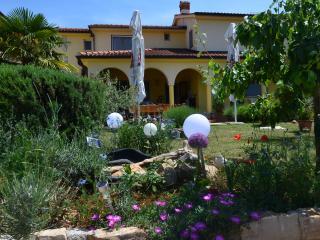 Familien-Appartments mit Garten in Istrien. - Porec vacation rentals