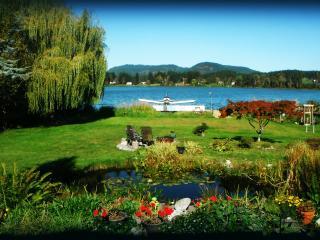 Quamichan Lakehouse B&B - Duncan vacation rentals