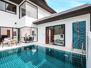 Pool Villa, 3 Bedrooms, 1km to Ban Tai Beach - Mae Nam vacation rentals