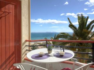 Nice Condo with Internet Access and Television - Roses vacation rentals