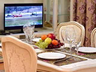 Three-bedroom apartment on Niamiha - Minsk vacation rentals