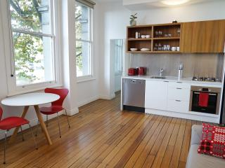 Oliver Lane - Boutique Accommodation - CBD - Melbourne vacation rentals