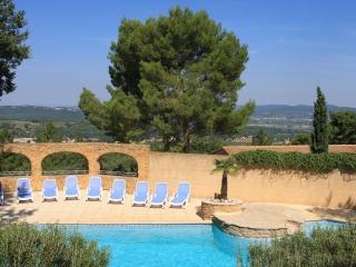 Pousterle Provence, duplex 3 bedrooms - Sabran vacation rentals