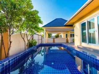 Platinum Residence 10b - Nai Harn vacation rentals