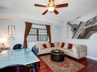Entire luxury 2 bedrooms condo in Boston Charlestown - Boston vacation rentals