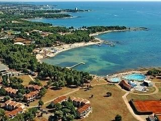 Sunny 1 bedroom Umag Apartment with Internet Access - Umag vacation rentals