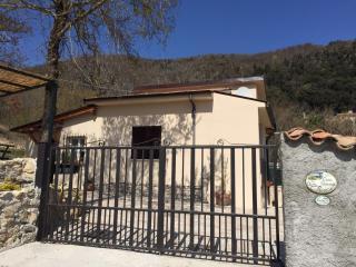 Casa  Vacanze Il Presepe appartamento A - Greccio vacation rentals