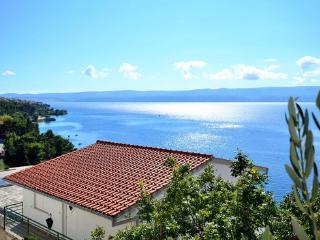 Nice 2 bedroom Condo in Omis - Omis vacation rentals