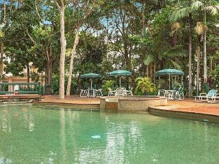 2 Bdrm Unit, Close to city, Free WiFi, Resort Pool - Cairns vacation rentals