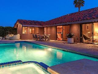 Colorful, Pop Art Palm Springs Home with a Flawless Swimming Pool - Palm Springs vacation rentals