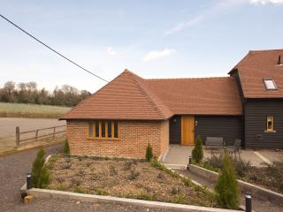 Lovely 2 bedroom Cottage in Bodiam with Internet Access - Bodiam vacation rentals