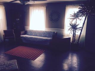 Room across the street from the ocean ! - Carolina Beach vacation rentals