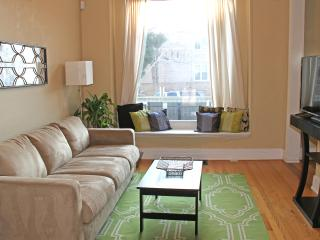 Franklin Oasis, Urban Living at it's Best - Denver vacation rentals
