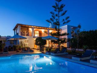 Villa Amador, near Playa den Bossa! Pool & Wifi! - Ibiza Town vacation rentals