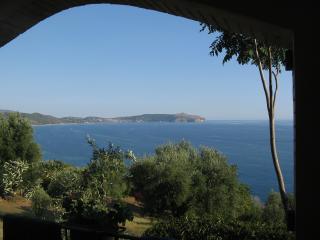 Casa Pisani a picco sul mare della Costa Cilentana - Caprioli vacation rentals