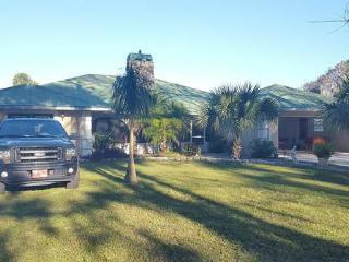 Vacation Dream Home Across Okeechobee Lake - Okeechobee vacation rentals