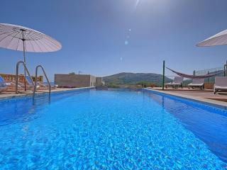 6 bedroom House with Internet Access in Cala Mesquida - Cala Mesquida vacation rentals