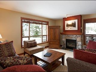 Lush Forest Setting - Tasteful Furnishings & Fine Amenities (4024) - Whistler vacation rentals