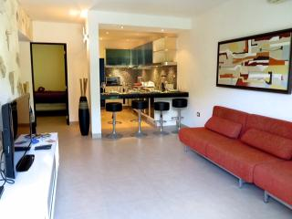 2 bedroom, best price best location - Playa del Carmen vacation rentals