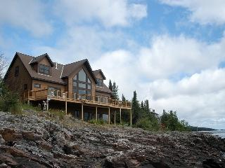 Gorgeous House with Internet Access and Wireless Internet - Grand Marais vacation rentals