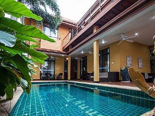 Pool villa 3 beds 700m to beach - Pattaya vacation rentals
