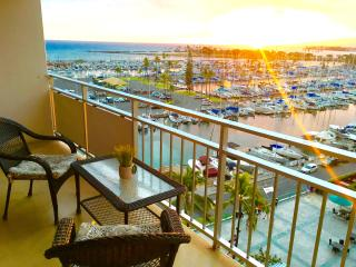 Amazing ocean views/beach front Ilikai condo - Honolulu vacation rentals