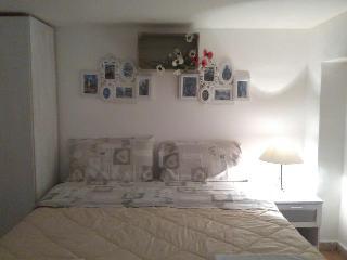 monolocale 6 - Palermo vacation rentals