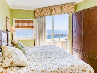 Spacious Direct Oceanfront Corner Condo sleeps 10! - Orange Beach vacation rentals