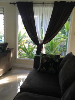 Quait Cottage in the Heart of Kaneohe Town - Kaneohe vacation rentals